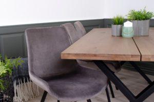 Montpellier plankebord i eg og spisestol