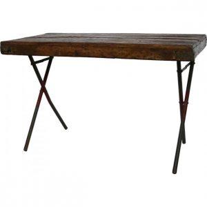 Gå på jagt efter et splinternyt planke skrivebord i dag