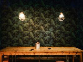 rustikt plankebord