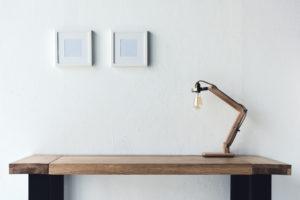 planke skrivebord